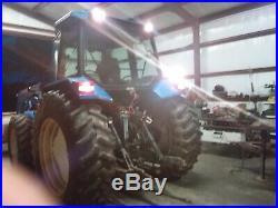 Tractor 4x4 loader good running 95 horsepower 16 gear shuttle shift transmissi