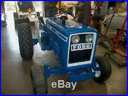 Tractor Ford Model 1600 23HP Diesel Live power 1700 hours Front weights included