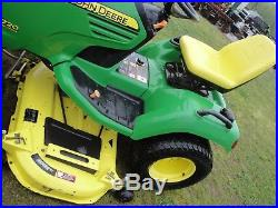 Very Nice John Deere X720 Riding Mower